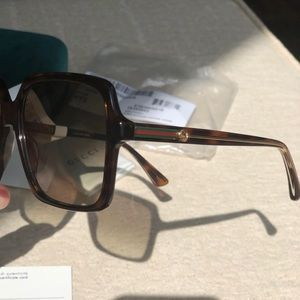 GUCCI 56 mm Square sunglasses